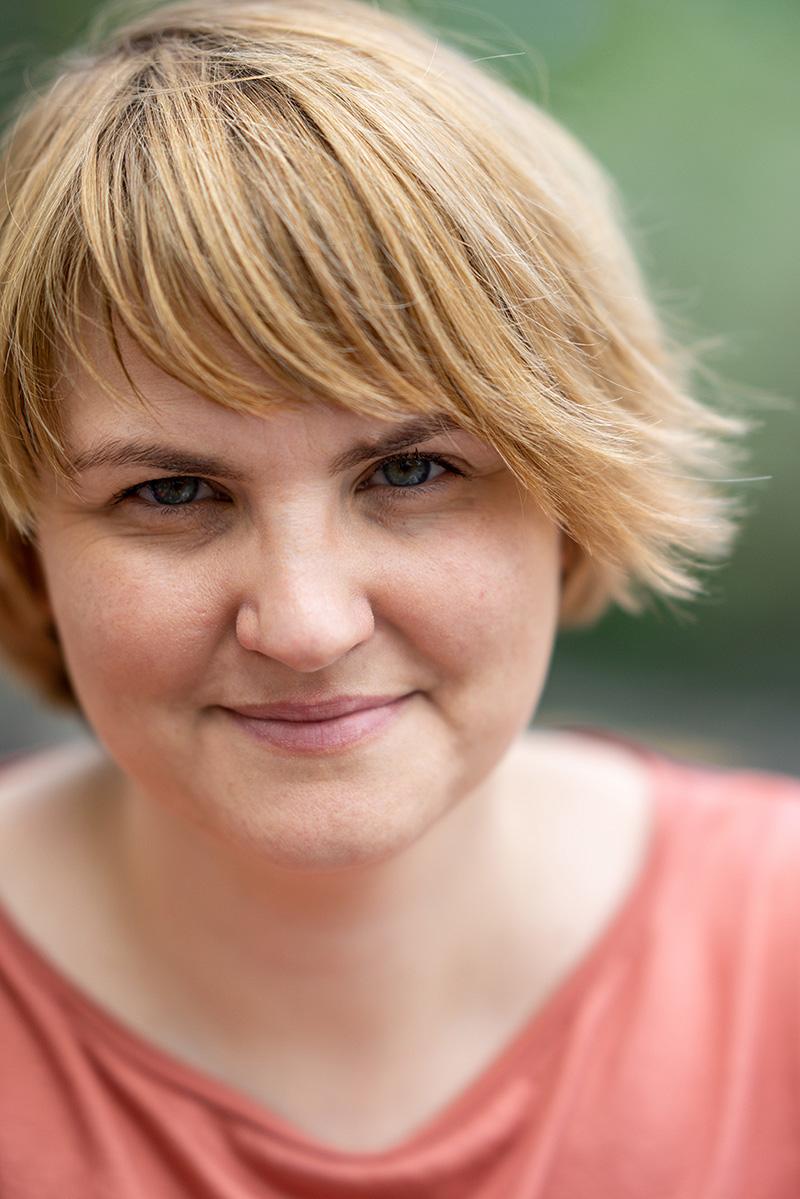 Agnieszka Serafin - psychoterapeutka, socjolog, psycholog